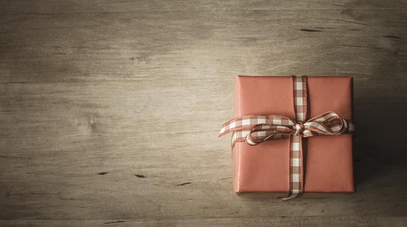 Cele mai populare idei de cadouri de pe cele mai mari website-uri de cumpărături